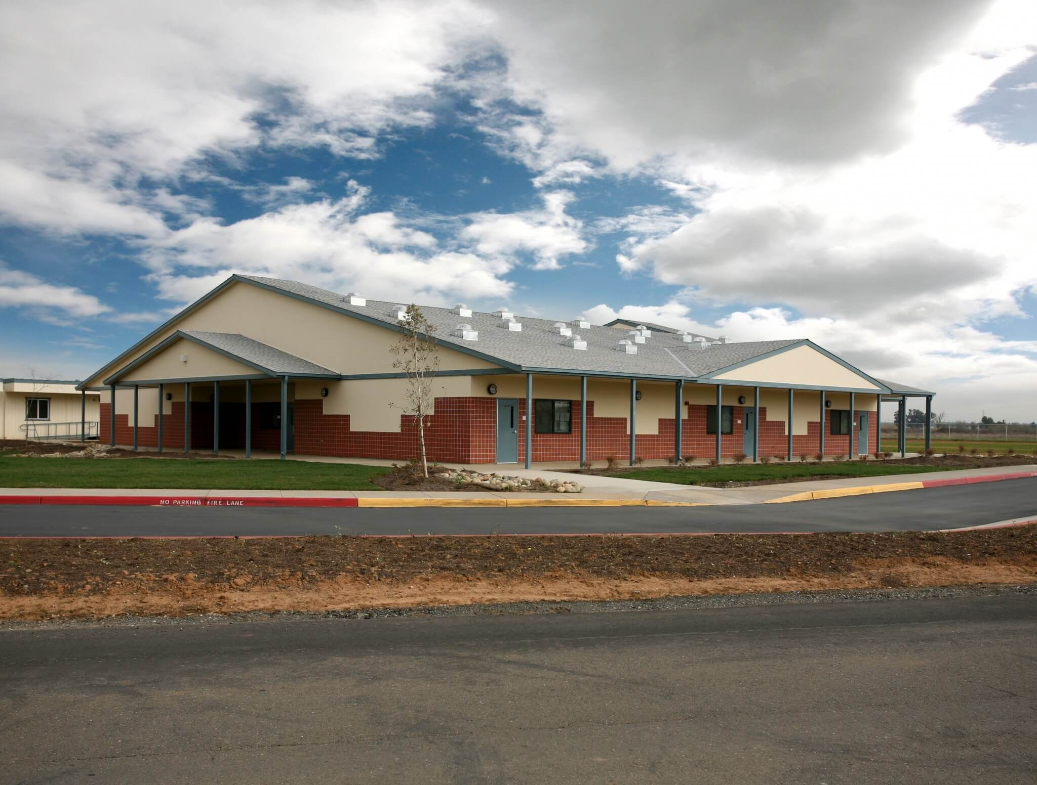 Arcohe Middle School-01