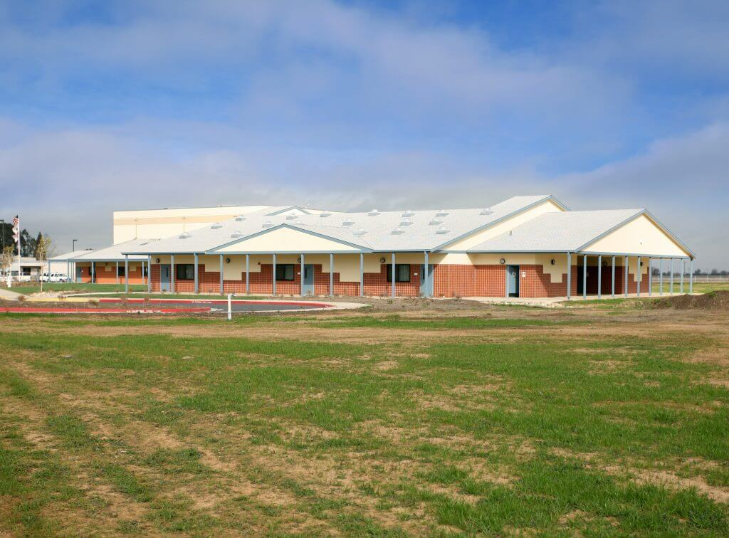 Arcohe Middle School-04