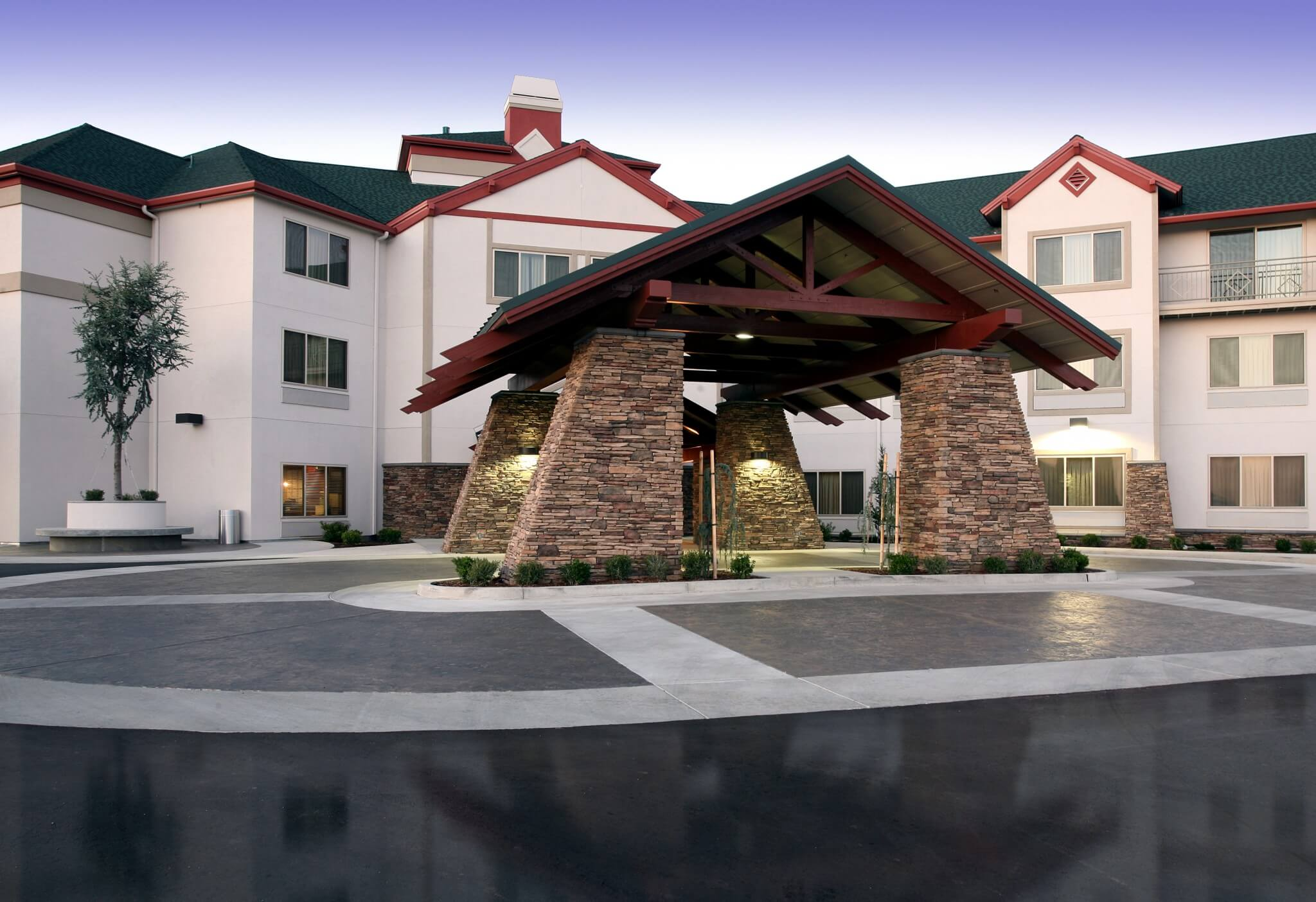 Feather falls casino & lodge