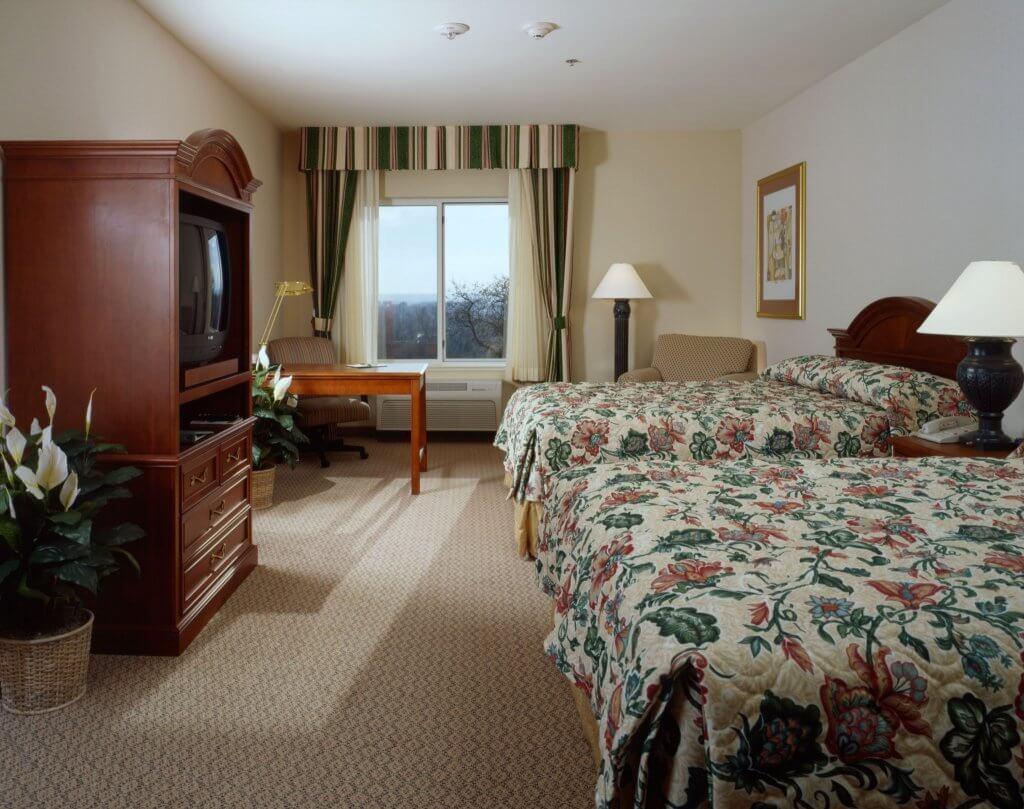 sac-hilton-garden-inn-guest-room-a