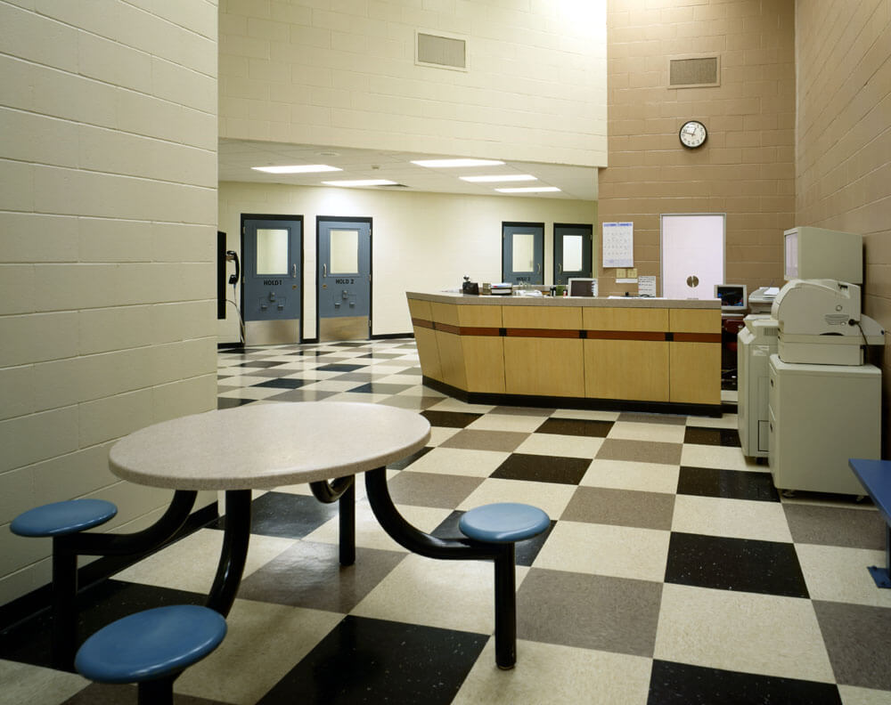 sac-tehama-county-detention-cafeteria
